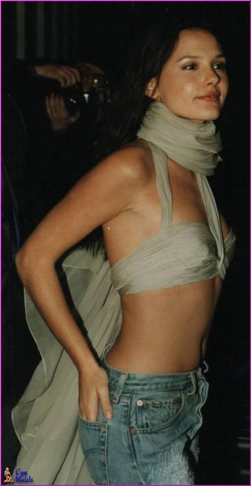 VirginieLedoyen12